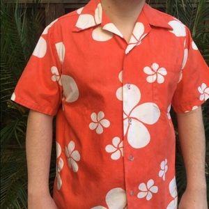 Vintage 60s mens Hawaiian shirt